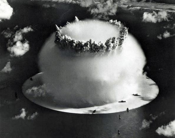 Galerie Bilderwelt「Nuclear Test USA - Crossroads」:写真・画像(18)[壁紙.com]