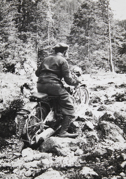 Dachstein Mountains「Motorcyclists In The Mountains」:写真・画像(0)[壁紙.com]