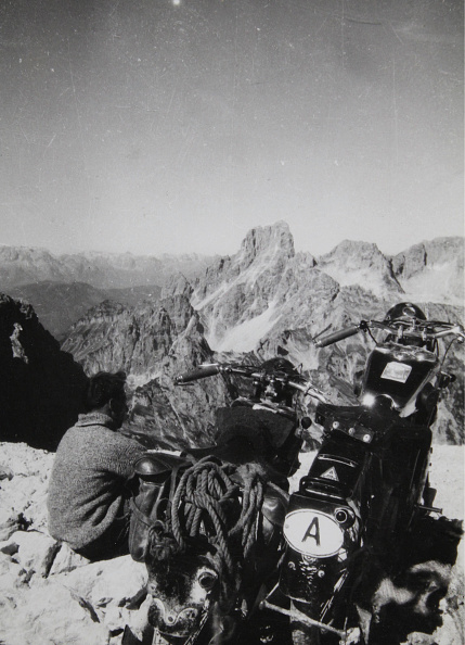 Dachstein Mountains「Motorcyclists In The Mountains」:写真・画像(14)[壁紙.com]