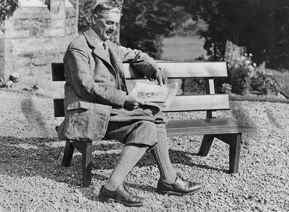 Bench「Neville Chamberlain」:写真・画像(0)[壁紙.com]