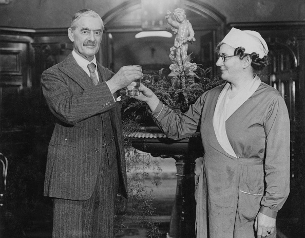 Spa「Neville Chamberlain」:写真・画像(11)[壁紙.com]