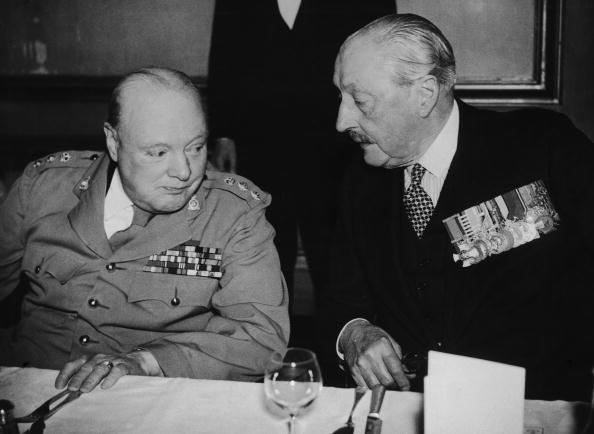Colonel「Churchill And Barnes」:写真・画像(7)[壁紙.com]