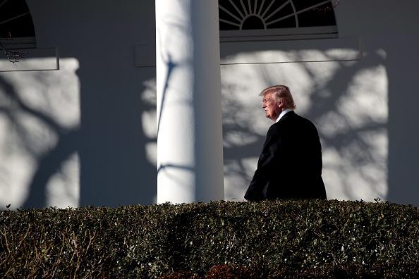 1人「President Trump Returns To The White House」:写真・画像(4)[壁紙.com]
