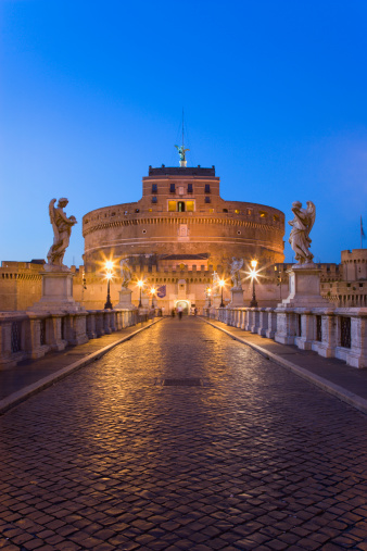 歴史「Italy, Rome, Castle Sant' Angelo and Ponte Sant'Angelo at dusk」:スマホ壁紙(16)