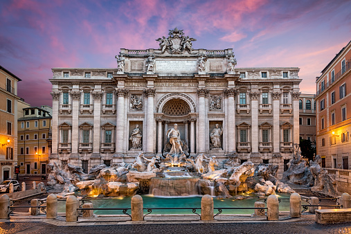 Piazza di Trevi「Italy, Rome, View of Fontana di trevi」:スマホ壁紙(4)