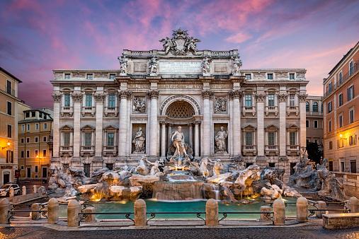 Town Square「Italy, Rome, View of Fontana di trevi」:スマホ壁紙(15)