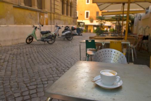 Roma Province「Italy, Rome, Trastevere, cafe table」:スマホ壁紙(18)