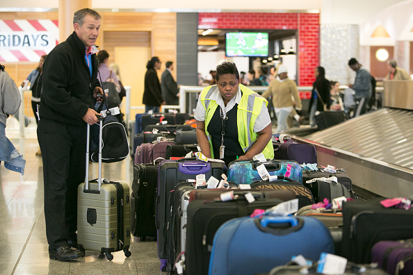 Hartsfield-Jackson Atlanta International Airport「Hundreds Of Flights Cancelled After Power Outage At Atlanta Hartsfield Airport」:写真・画像(9)[壁紙.com]