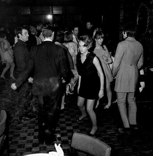 Clubbing「Speakeasy Rave-Up」:写真・画像(9)[壁紙.com]
