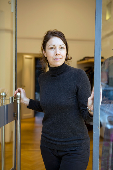 Three Quarter Length「Yasmin Crowther」:写真・画像(15)[壁紙.com]