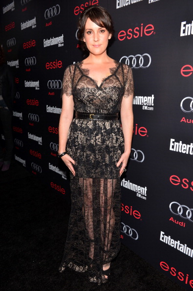 Scalloped - Pattern「The Entertainment Weekly Pre-SAG Party Hosted By Essie And Audi - Red Carpet」:写真・画像(15)[壁紙.com]