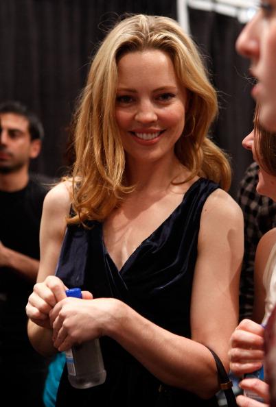 Amy Sussman「FIJI Water at J. Mendel Spring 2012 Mercedes-Benz Fashion Week」:写真・画像(17)[壁紙.com]