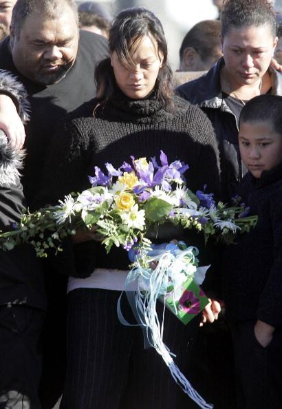 Jeff Brass「Funeral For Murdered Twin Boys」:写真・画像(11)[壁紙.com]