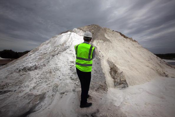 Christopher Furlong「Cheshire Salt Mine Prepares For Winter」:写真・画像(15)[壁紙.com]