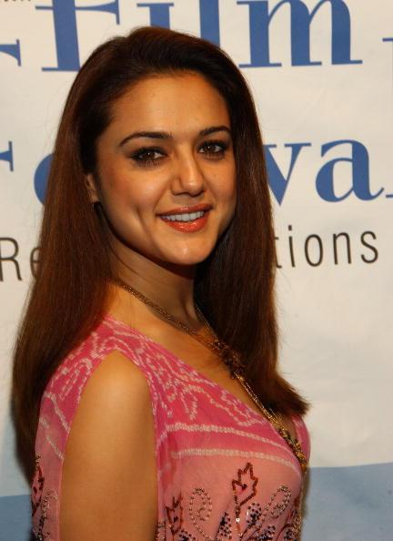俳優「Opening Night Of The Bollywood Film Festival」:写真・画像(3)[壁紙.com]