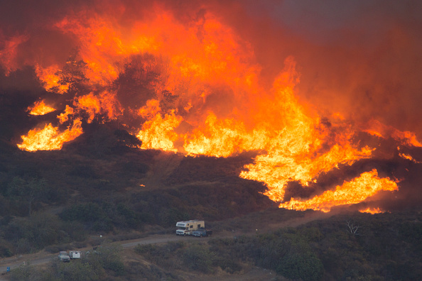 Land「Blue Cut Fire Rages Through 30,000 Acres In Southern California」:写真・画像(14)[壁紙.com]