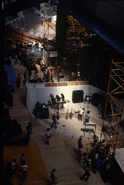 Stadium「Live Aid back stage Wembley Stadium」:写真・画像(13)[壁紙.com]