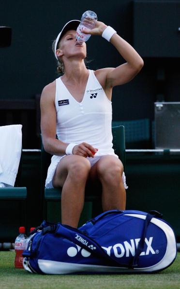 アラバン レザイ「Evian � Official Water of the Wimbledon Championships」:写真・画像(1)[壁紙.com]