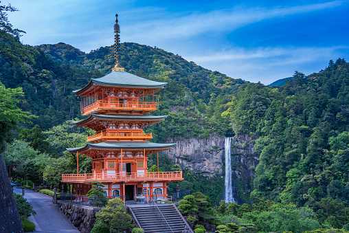 Temple「World Heritage Nachi Fall」:スマホ壁紙(13)