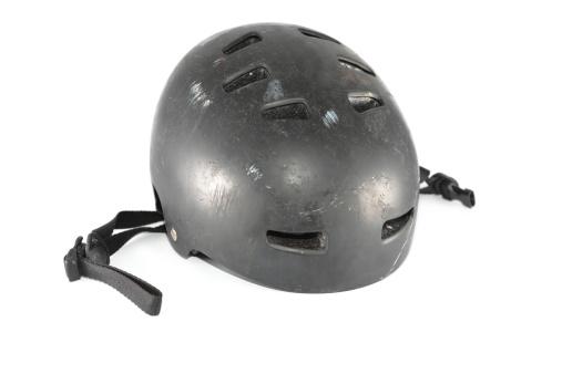 保護「スケートボードのヘルメット」:スマホ壁紙(9)