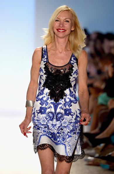Red Nail Polish「Naila/ Sauvage/ Zingara Swimwear At Mercedes-Benz Fashion Week Swim 2014- Runway」:写真・画像(19)[壁紙.com]