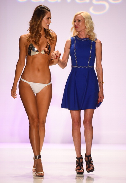 Gulf Coast States「Sauvage/Aguaclara Swimwear/Aquarella Swimwear /Mia Marcelle/Toxic Sadie Swimwear - Runway - Mercedes-Benz Fashion Week Swim 2015」:写真・画像(8)[壁紙.com]