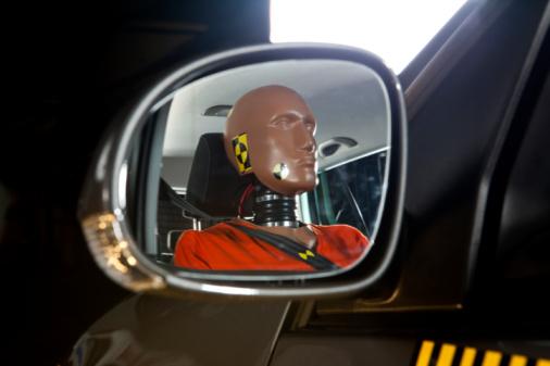 Crash Test Dummy「A crash test dummy reflected in a side-view mirror」:スマホ壁紙(8)