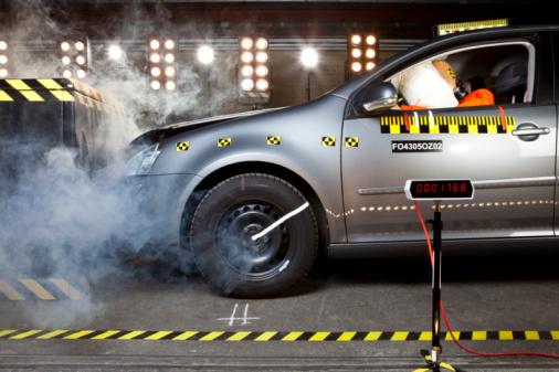 Insurance「A crash test」:スマホ壁紙(8)
