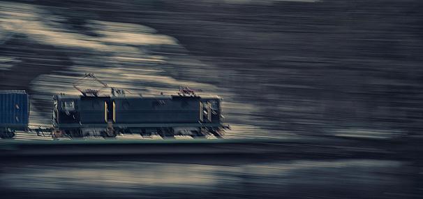 Electric train「Speeding train」:スマホ壁紙(16)