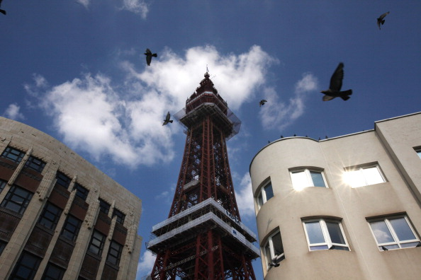 Architecture「The Blackpool Tower Reopens After Refurbishment」:写真・画像(9)[壁紙.com]