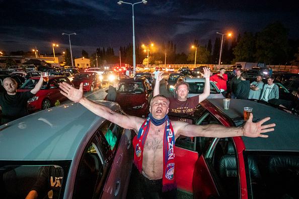 Concepts「Drive-In Cinema Shows AC Sparta Prague Vs. FC Viktoria Plzen As Top-Flight Football Resumes」:写真・画像(0)[壁紙.com]