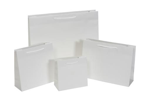 Paper Bag「White shopping bags」:スマホ壁紙(8)