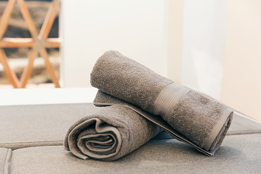 Rolled Up「Two grey rolled towels」:スマホ壁紙(8)