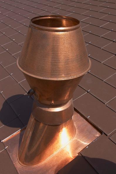18-19 Years「Copper chimney on roof」:写真・画像(12)[壁紙.com]