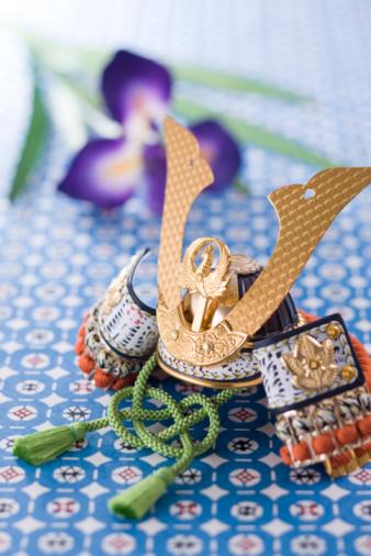 こどもの日「Warrior helmet's ornament」:スマホ壁紙(2)