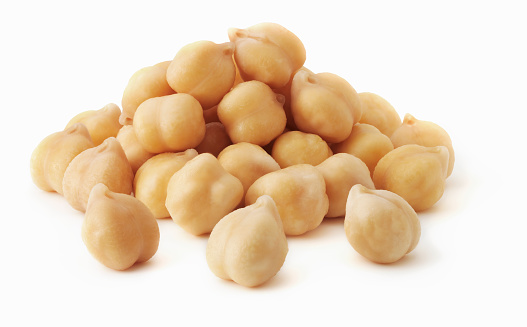 Chick-Pea「Pile of chick peas on white background」:スマホ壁紙(17)