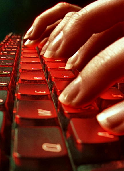 Ergonomics「Carpal Tunnerl Syndrome May Not Be Tied To Typing」:写真・画像(9)[壁紙.com]