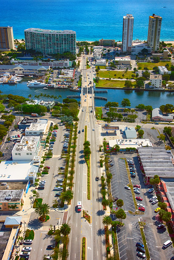 Atlantic Intracoastal Waterway「Pompano Beach Business District and Coast From Above」:スマホ壁紙(14)