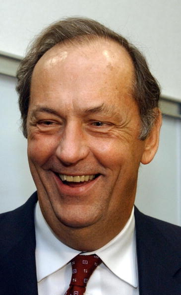 Bill Greenblatt「Former U.S. Senator Bill Bradley Stumps For Jean Carnahan」:写真・画像(16)[壁紙.com]