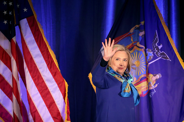 Drew Angerer「Hillary Clinton Speaks At The Regional Plan Association Assembly」:写真・画像(11)[壁紙.com]