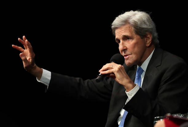 John Kerry Addresses San Francisco's Commonwealth Club:ニュース(壁紙.com)