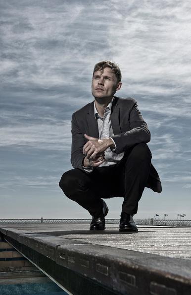 Crouching「Scott Haze Portrait Session - The 70th Venice International Film Festival」:写真・画像(10)[壁紙.com]