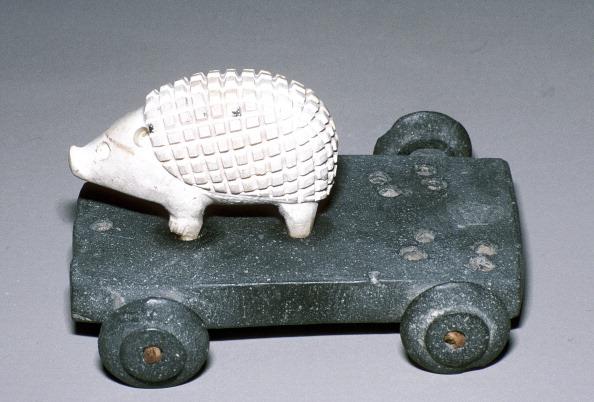 ハリネズミ「Calcite and bitumen hedgehog mounted on wheeled base, Susa, c12th century BC.」:写真・画像(19)[壁紙.com]