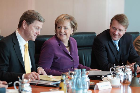 Wireless Technology「German Weekly Cabinet Meeting」:写真・画像(3)[壁紙.com]