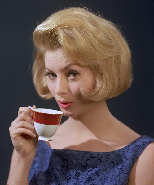 Tea「Pick-Me-Up」:写真・画像(9)[壁紙.com]