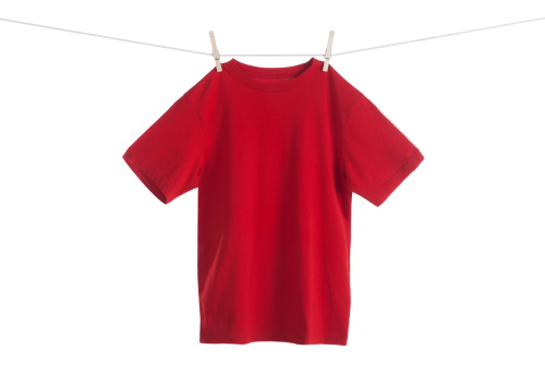Casual Clothing「Red Shirt Hanging on a Clothesline」:スマホ壁紙(8)