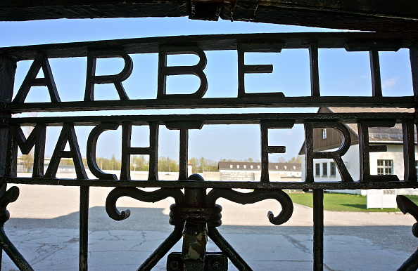 Richard Blanshard「Dachau Memorial Site」:写真・画像(9)[壁紙.com]