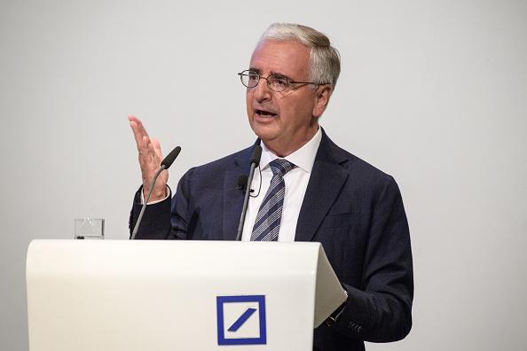 ビジネスと経済「Deutsche Bank Holds General Shareholders' Meeting」:写真・画像(17)[壁紙.com]
