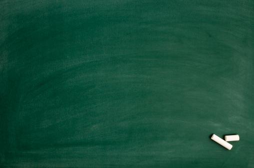 Green Color「Blackboard with chalk」:スマホ壁紙(17)