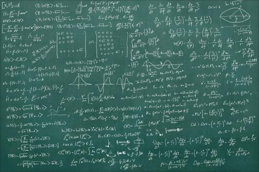 Problems「Blackboard full of equations」:スマホ壁紙(4)